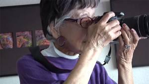 Tsuneko, 101 anni, è la prima fotoreporter donna