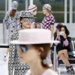 """Chanel prende il """"volo"""": sfilata si trasforma in aeroporto FOTO5"""