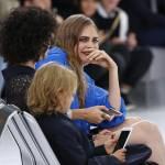 """Chanel prende il """"volo"""": sfilata si trasforma in aeroporto FOTO14"""