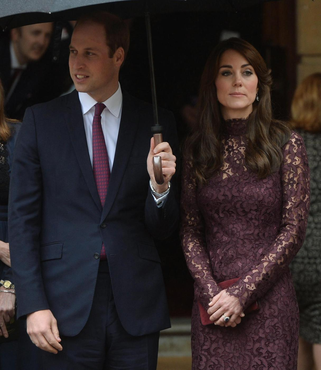 Kate Middleton, Monica Bellucci: dive in Dolce e Gabbana FOTO 1