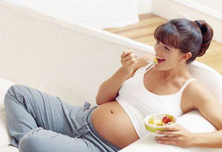 Dieta in gravidanza: cosa mangiare quando si è in dolce attesa