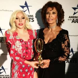 Lady Gaga e Sophia Loren: FOTO insieme su Instagram
