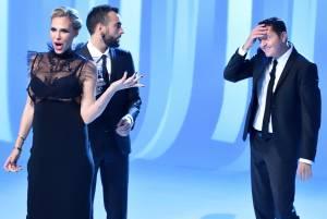 Marco Mengoni a Le Iene: scherzo a Ilary Blasi VIDEO