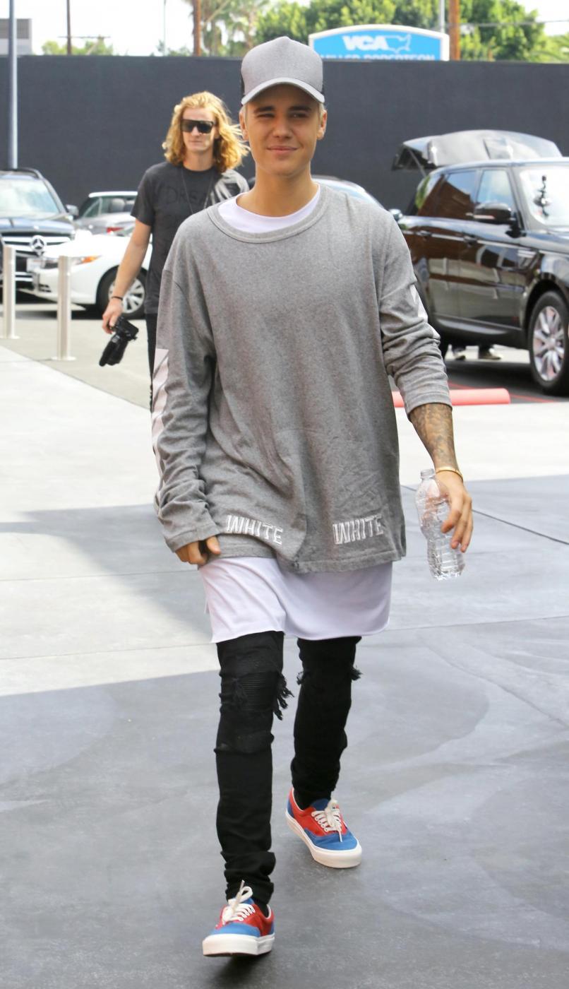 Justin Bieber e James Corden insieme a Los Angeles FOTO yui