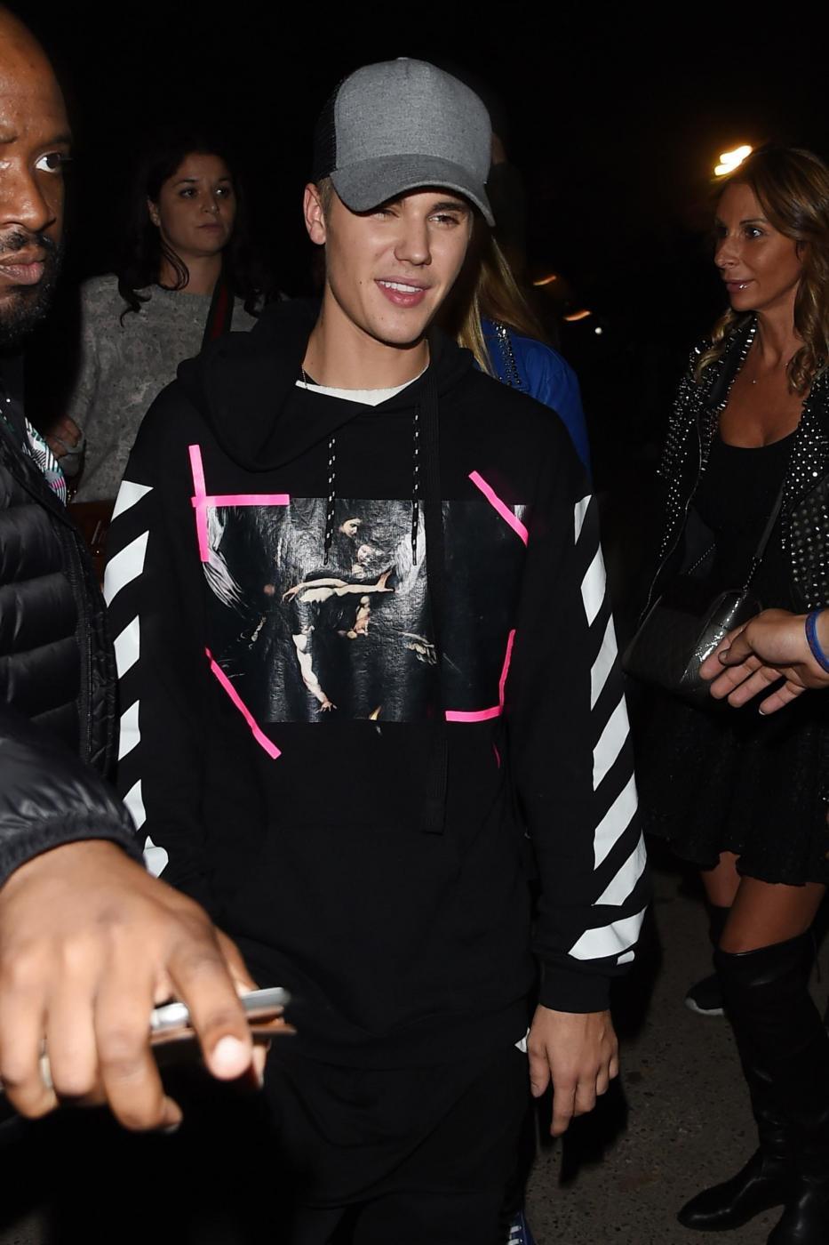 Justin Bieber a Milano per gli MTV Europe Music Awards FOTO 10