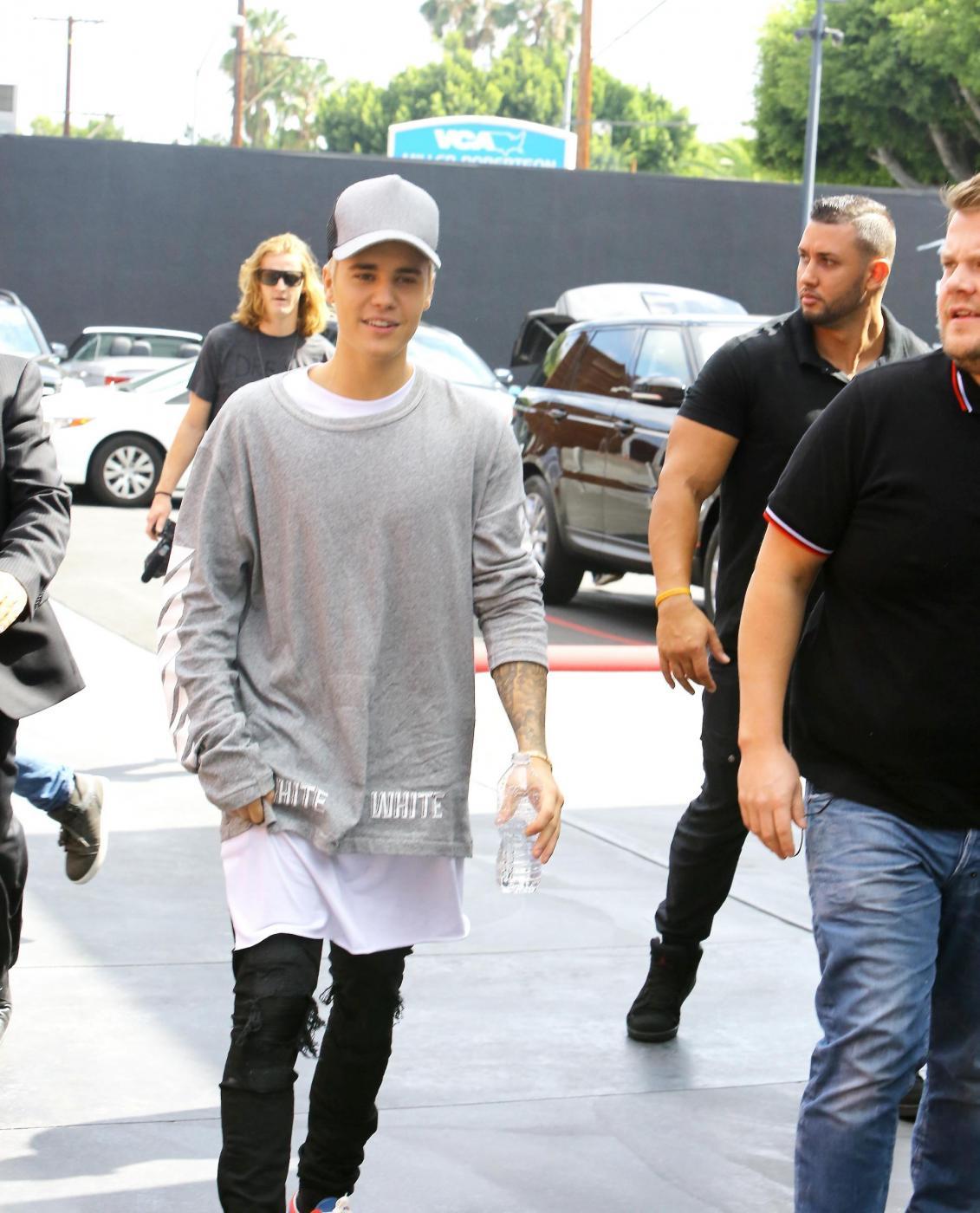 Justin Bieber e James Corden insieme a Los Angeles FOTO 3