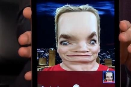 "Kate Winslet, i selfie orribili al ""Tonight Show"" VIDEO"