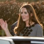 Kate Middleton ricicla l'abito: stesso modello del 2012 FOTO 3