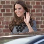 Kate Middleton ricicla l'abito: stesso modello del 2012 FOTO 6