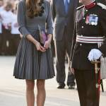 Kate Middleton ricicla l'abito: stesso modello del 2012 FOTO 9