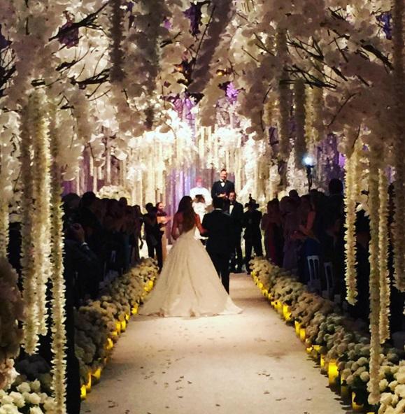Sofia Vergara e Joe Manganiello sposi: 700 invitati, cascata di fiori