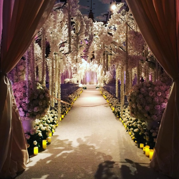 Sofia Vergara e Joe Manganiello sposi: 700 invitati, cascata di fiori9