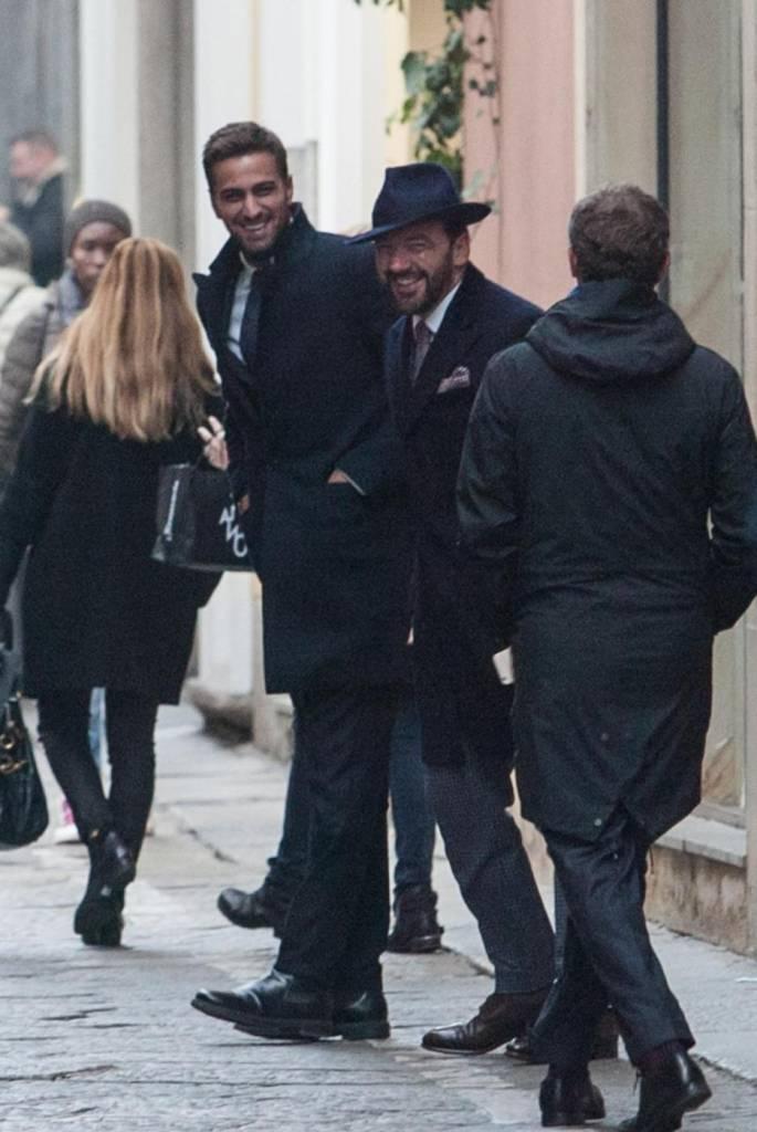 Fabio Borriello, shopping con l'amico stilista