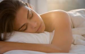 Insonnia, 7 cure dolci per dormire meglio