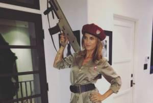 Elisabetta Canalis, foto dell'ex velina fa infuriare i fan...