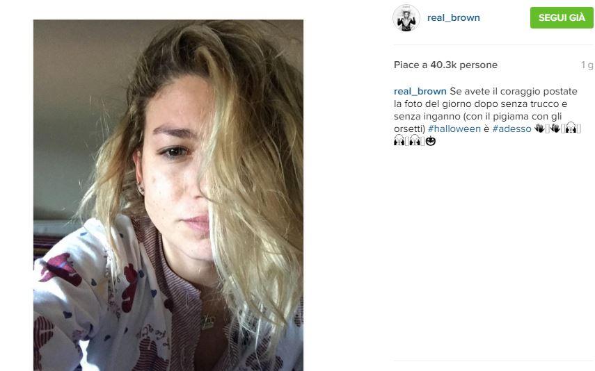 Emma Marrone: selfie struccata appena sveglia FOTO