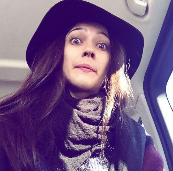 Martina Stoessel, Lodovica Comello, passione cappelli FOTO