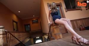 Chase Kennedy modella con le gambe lunghe 129 cm