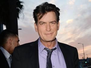 """""""Potrebbe scoppiare una vera epidemia di Aids"""", racconta preoccupata una pornostar che sostiene di aver avuto rapporti con la star di Hollywood"""