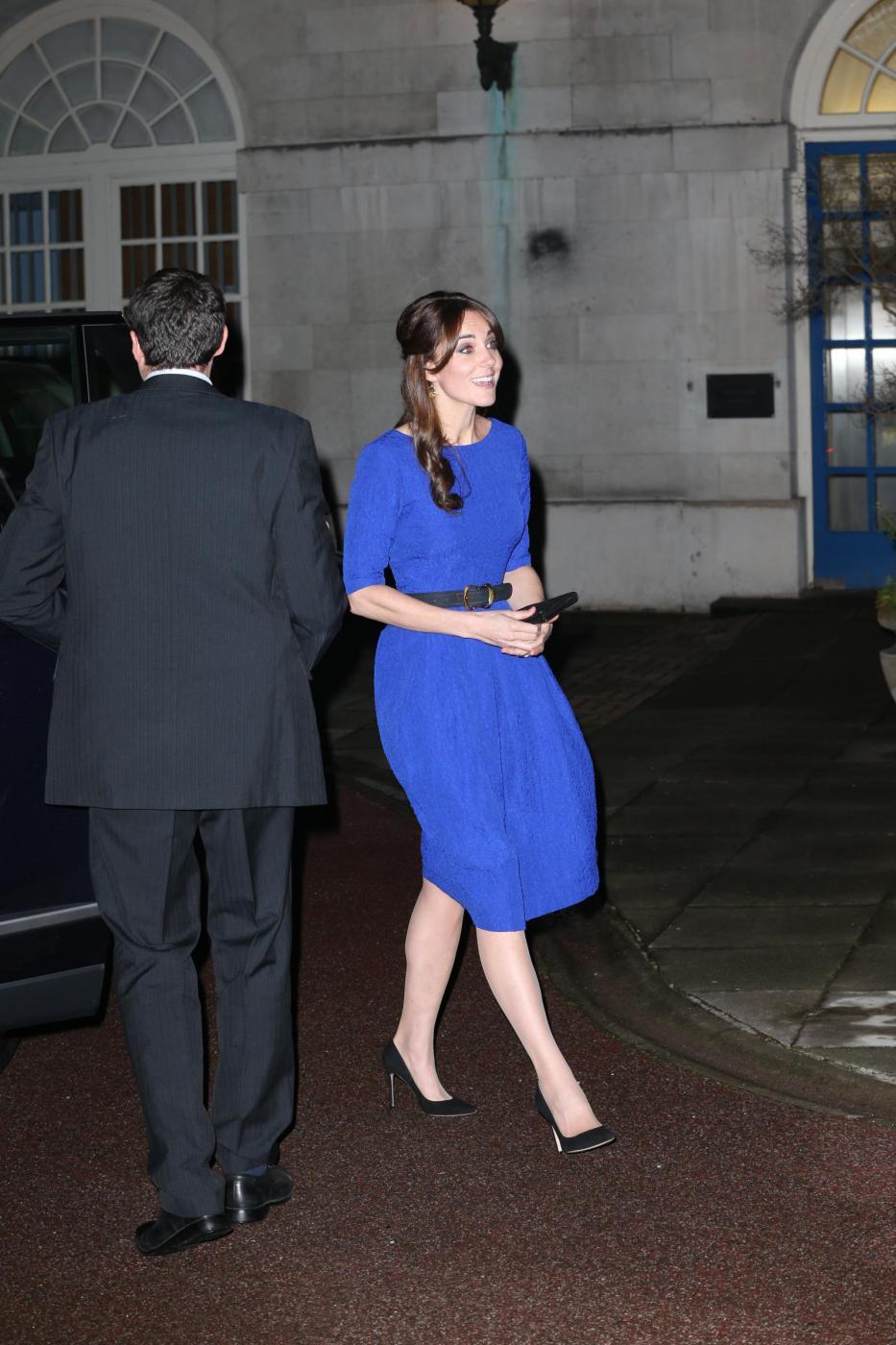 Kate Middleton, abito da 555 sterline firmato Saloni FOTO 4