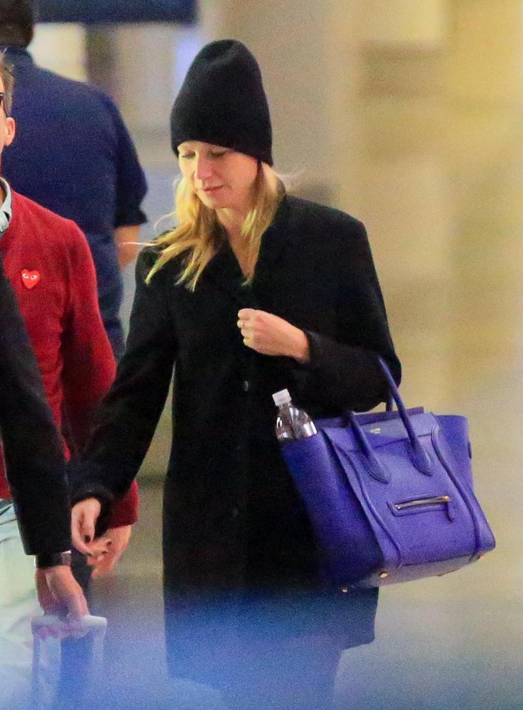 Gwyneth Paltrow senza trucco all'aereoporto14