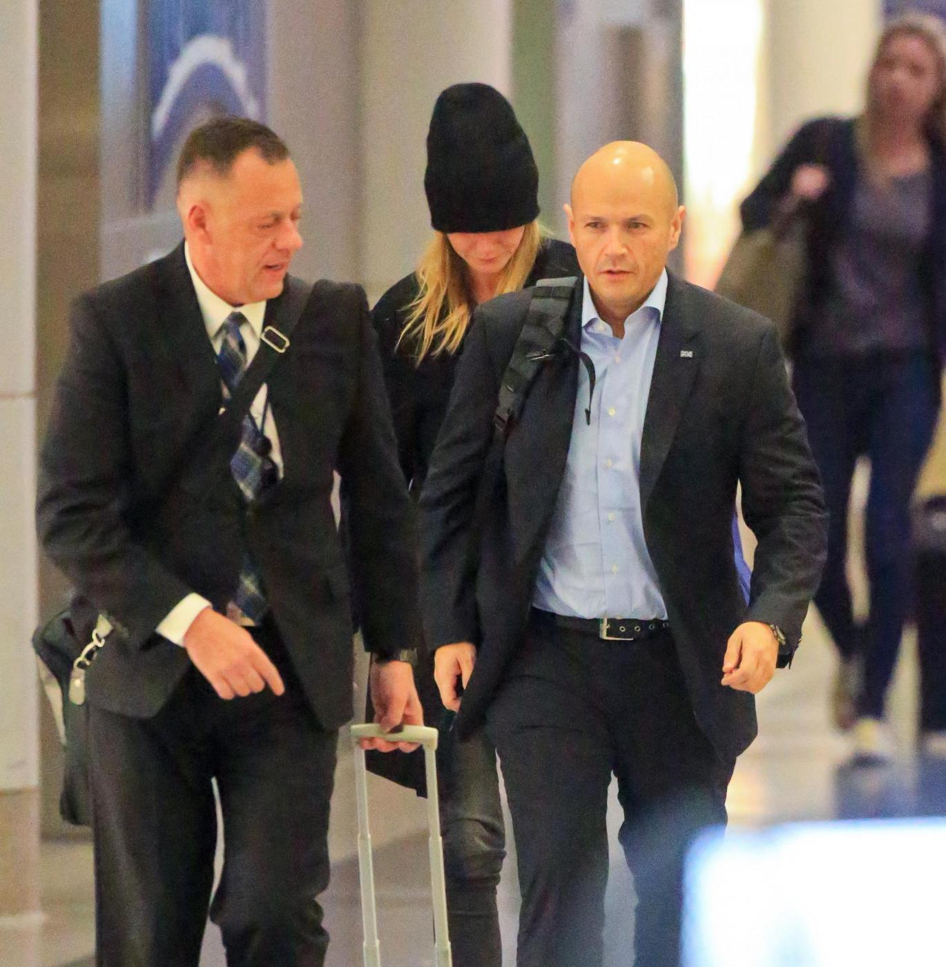 Gwyneth Paltrow senza trucco all'aereoporto6