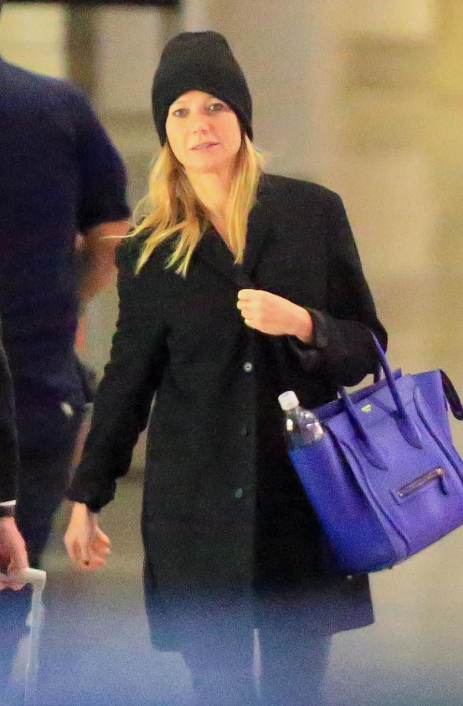 Gwyneth Paltrow senza trucco all'aereoporto8