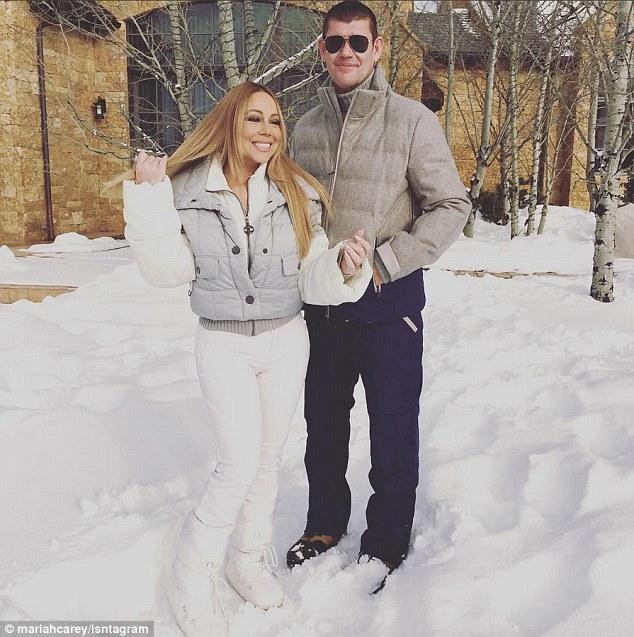 Mariah Carey gioca a palle di neve con i gemelli7