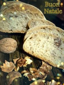 Se poi il pane è caldo, a lievitazione naturale, fatto in casa e magari arricchito da sapori antichi come le noci, il gioco è fatto!!!