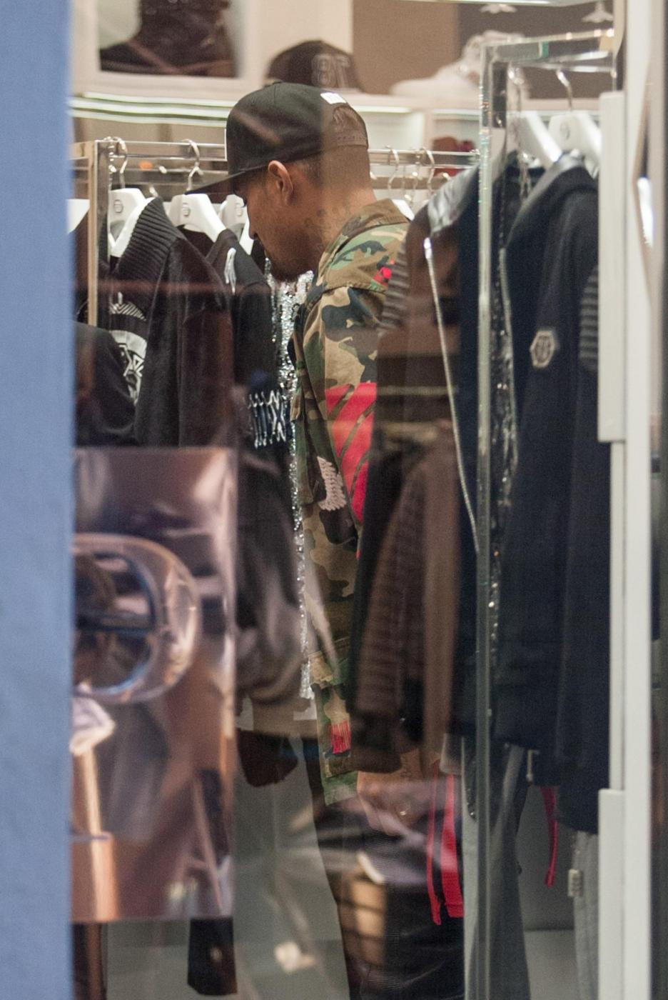 Boateng shopping natalizio: compra regali a Melissa Satta12