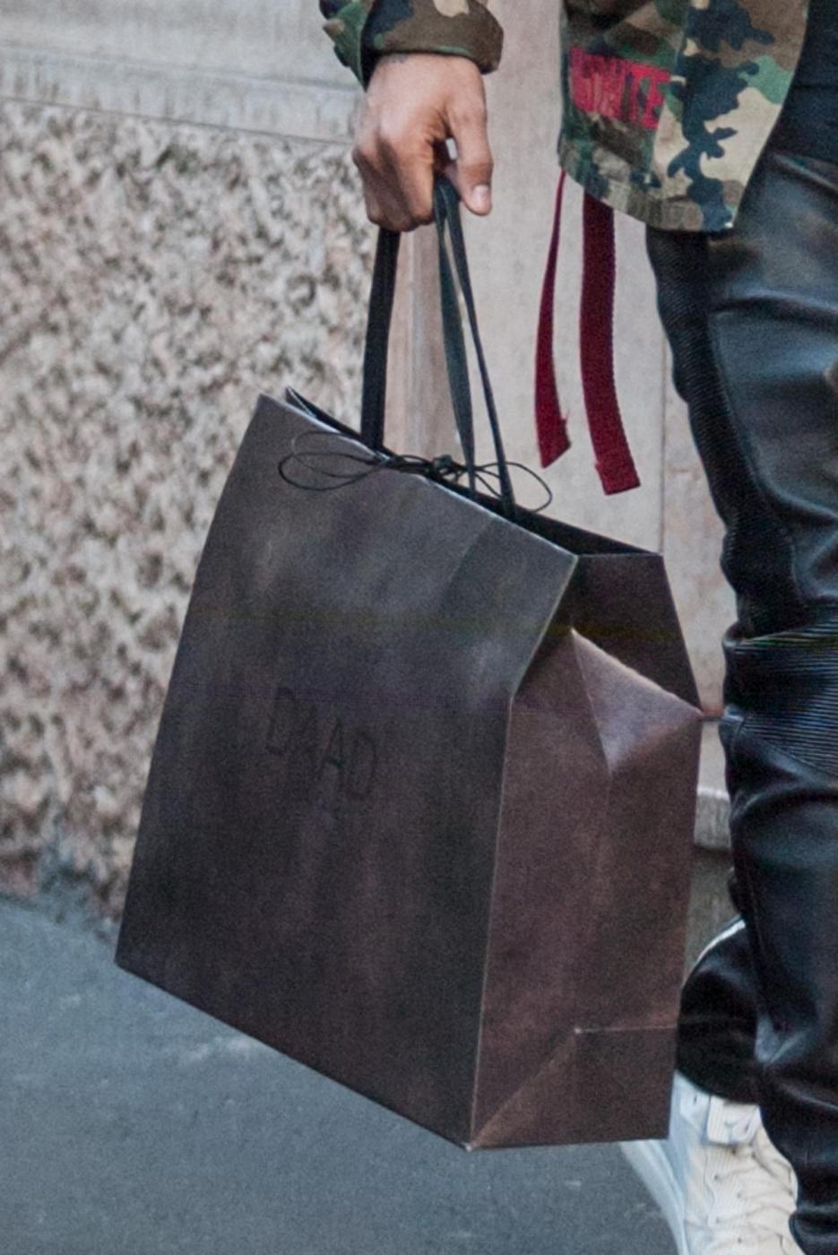 Boateng shopping natalizio: compra regali a Melissa Satta3
