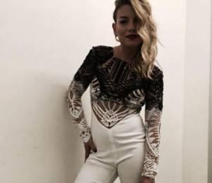 Emma Marrone: tutina bianca aderente firmato Mario Dice FOTO