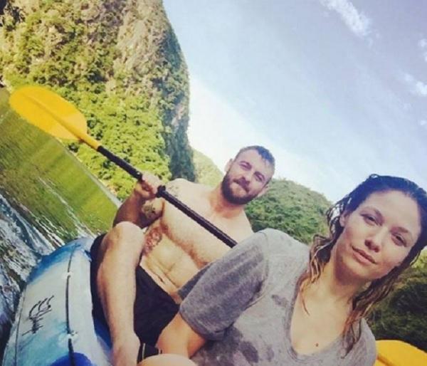 De Rossi, chi è Sarah Felberbaum, moglie del calciatore FOTO