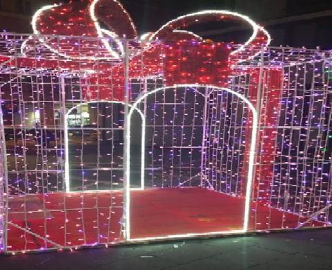 """""""Selfiebox"""" in piazza a Caserta per le FOTO di Natale VIDEO"""