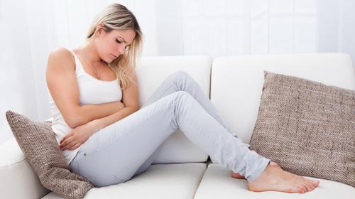 Sindrome pre-mestruale: dolori reali per otto donne