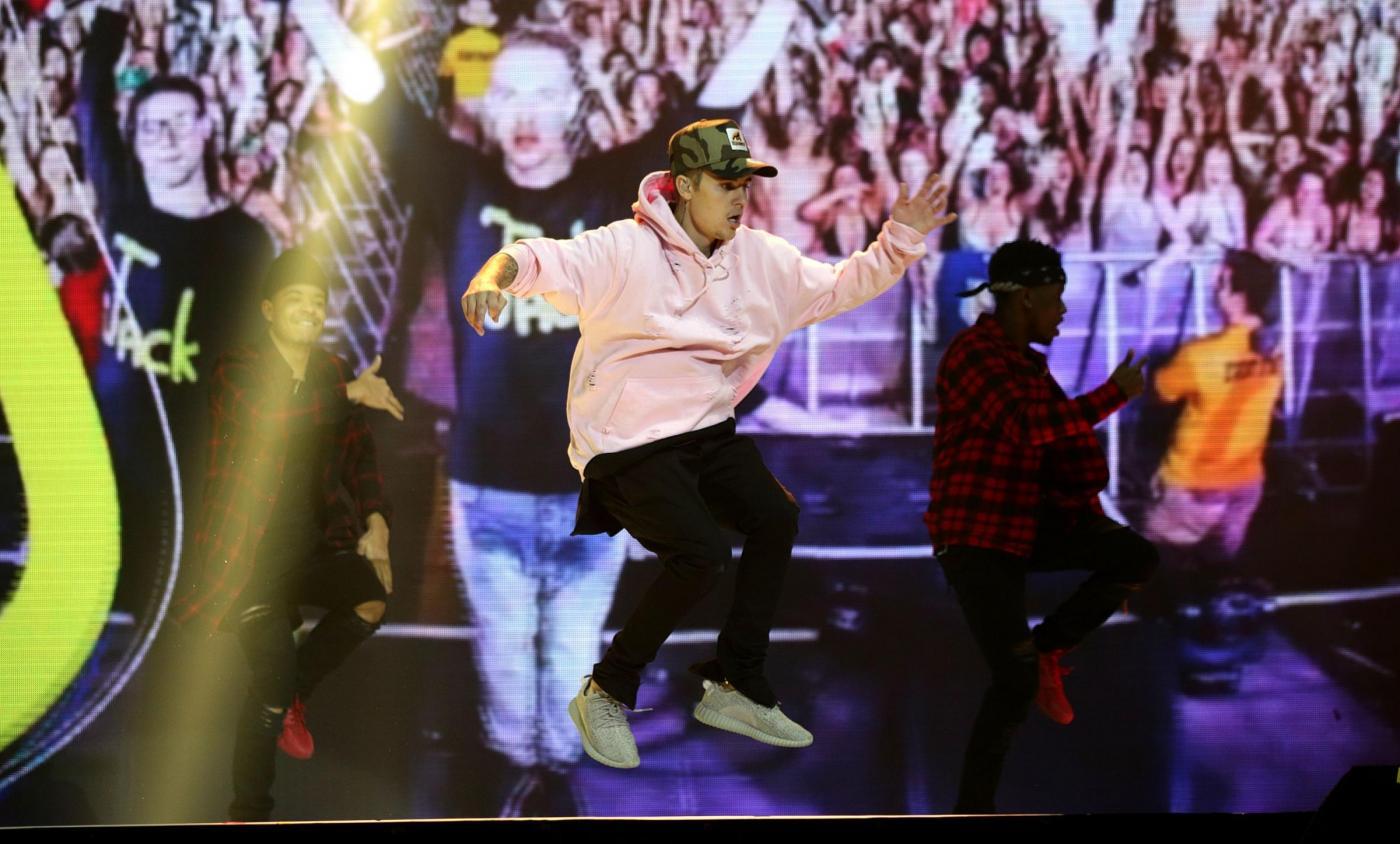 Justin Bieber, look bocciato a Londra FOTO