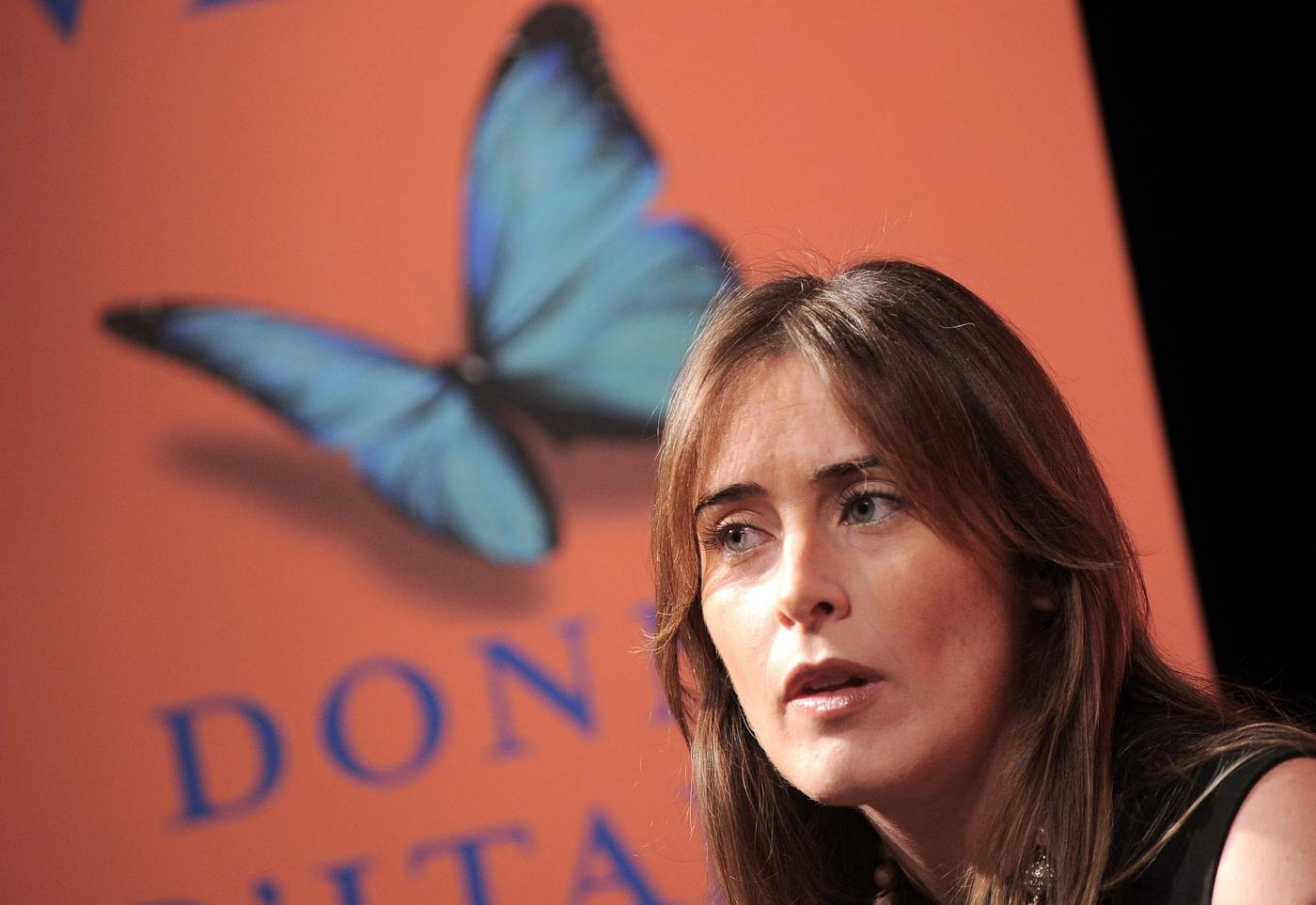 Maria Elena Boschi look: tubino nero aderente FOTO op