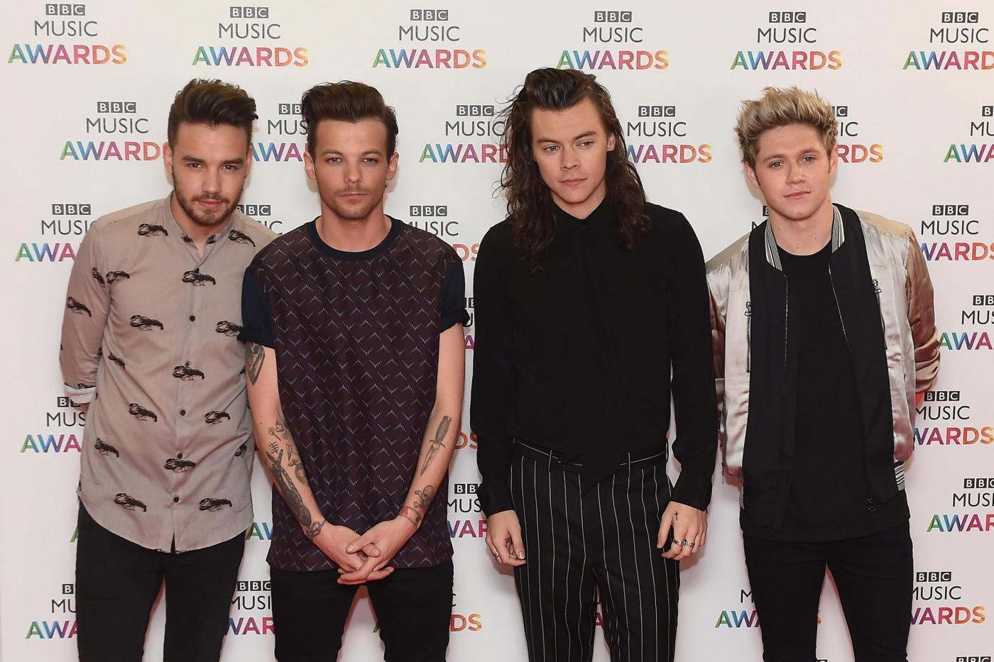 """One Direction si riuniscono? """"Insieme per le vittime della Grenfell Tower"""""""