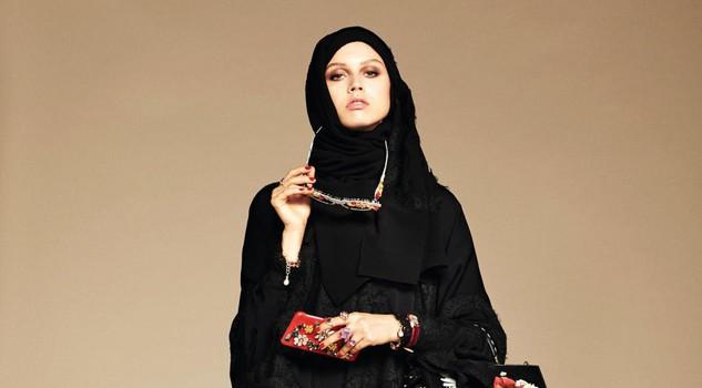Dolce & Gabbana modelle col velo: collezione per islamici14