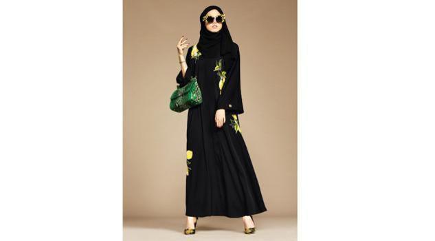 Dolce & Gabbana modelle col velo: collezione per islamici12