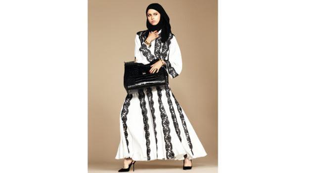Dolce & Gabbana modelle col velo: collezione per islamici2