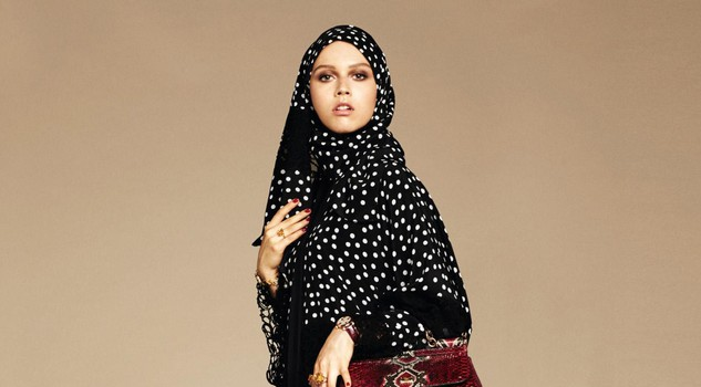 Dolce & Gabbana modelle col velo: collezione per islamici6