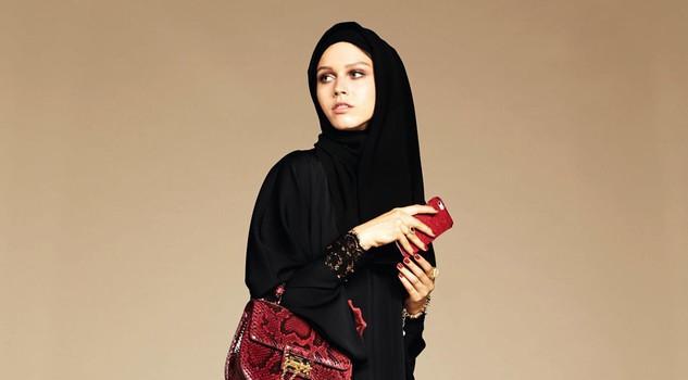 Dolce & Gabbana modelle col velo: collezione per islamici7