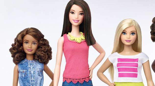 "Barbie ""curvy"", la bambola Mattel diventa ""normale2"