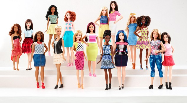 "Barbie ""curvy"", la bambola Mattel diventa ""normale11"
