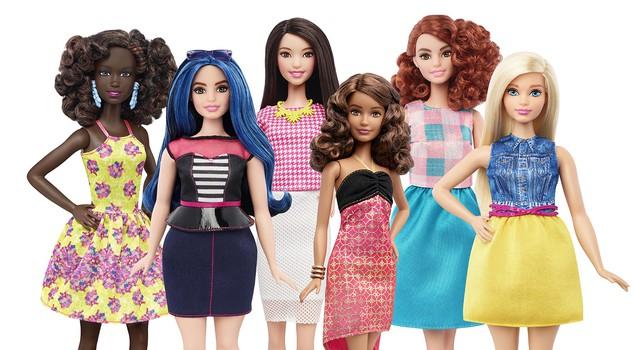 "Barbie ""curvy"", la bambola Mattel diventa ""normale120"