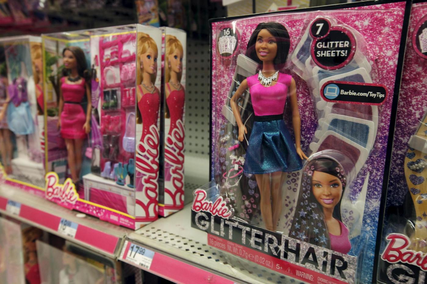 "Barbie ""curvy"", la bambola Mattel diventa ""normale4"