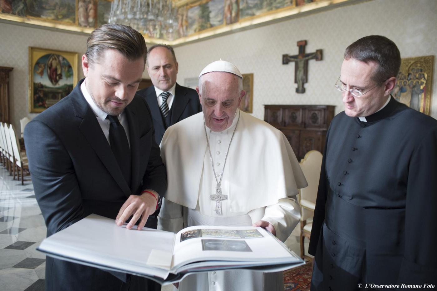 Leonardo DiCaprio da Papa Francesco FOTO incontro