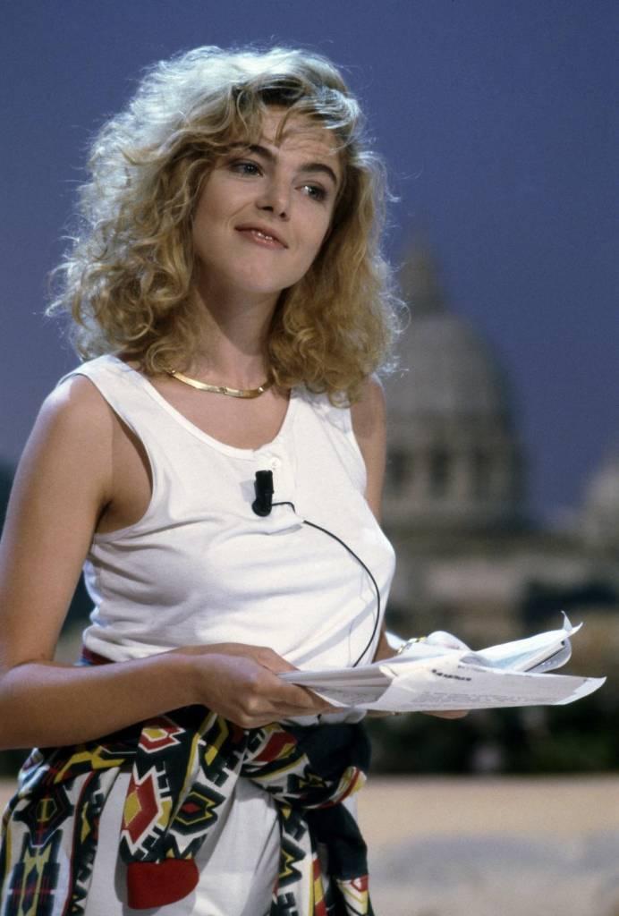 Claudia Gerini prima e dopo: come era da giovane? FOTO