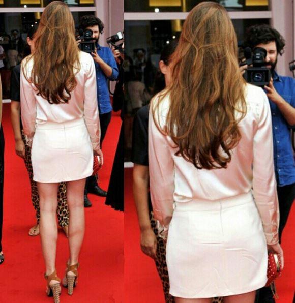 Charlotte Casiraghi, gambe da urlo in minigonna FOTO